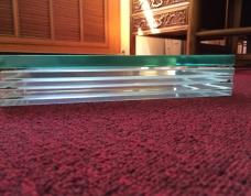超白玻璃与普通玻璃的区别